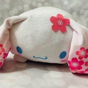 BNWT Cinnamoroll Cherry Blossom Mochi Plush